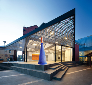 Annexe-Art-Gallery-Ballarat-SXWA-Exterior-Doors-Open_700